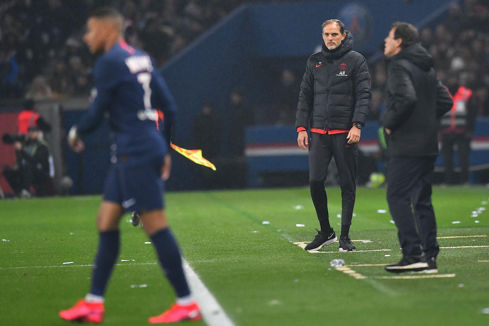 Um jogo de intenções e limitações entre PSG e Lyon