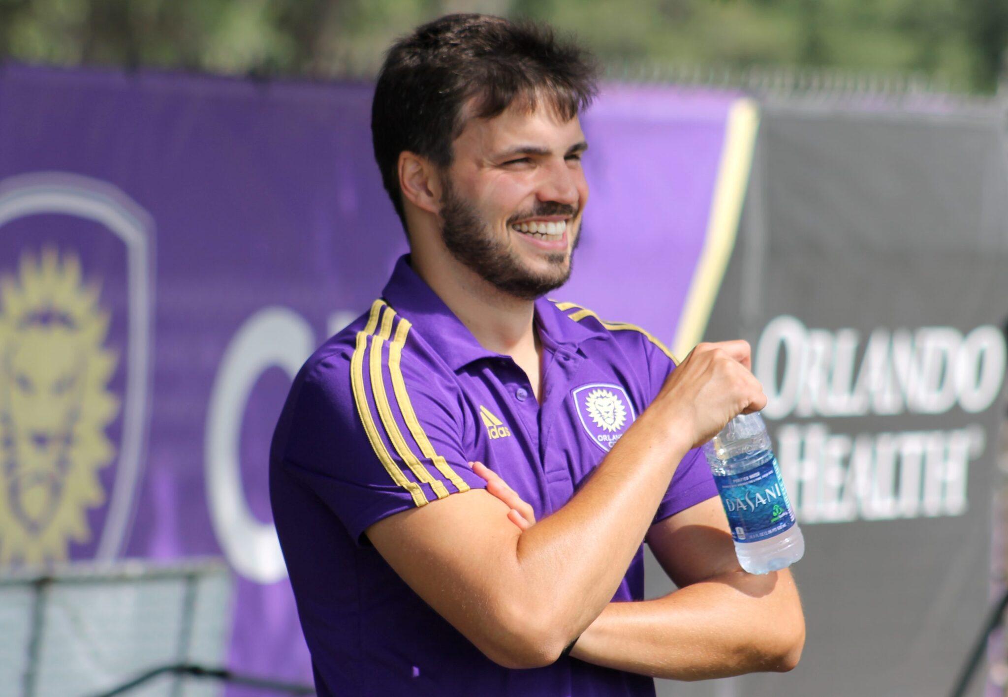 Início como advogado, passagem pelo scouting e nome forte do Orlando City: a trajetória de Ricardo Moreira no futebol
