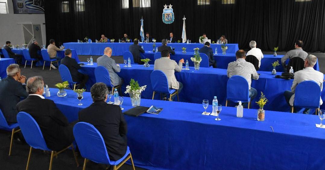 As intermináveis mudanças no Campeonato Argentino