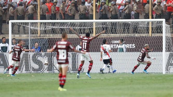 Mais que chutes e gols: dando crédito a quem se posiciona em condições de fazer o gol
