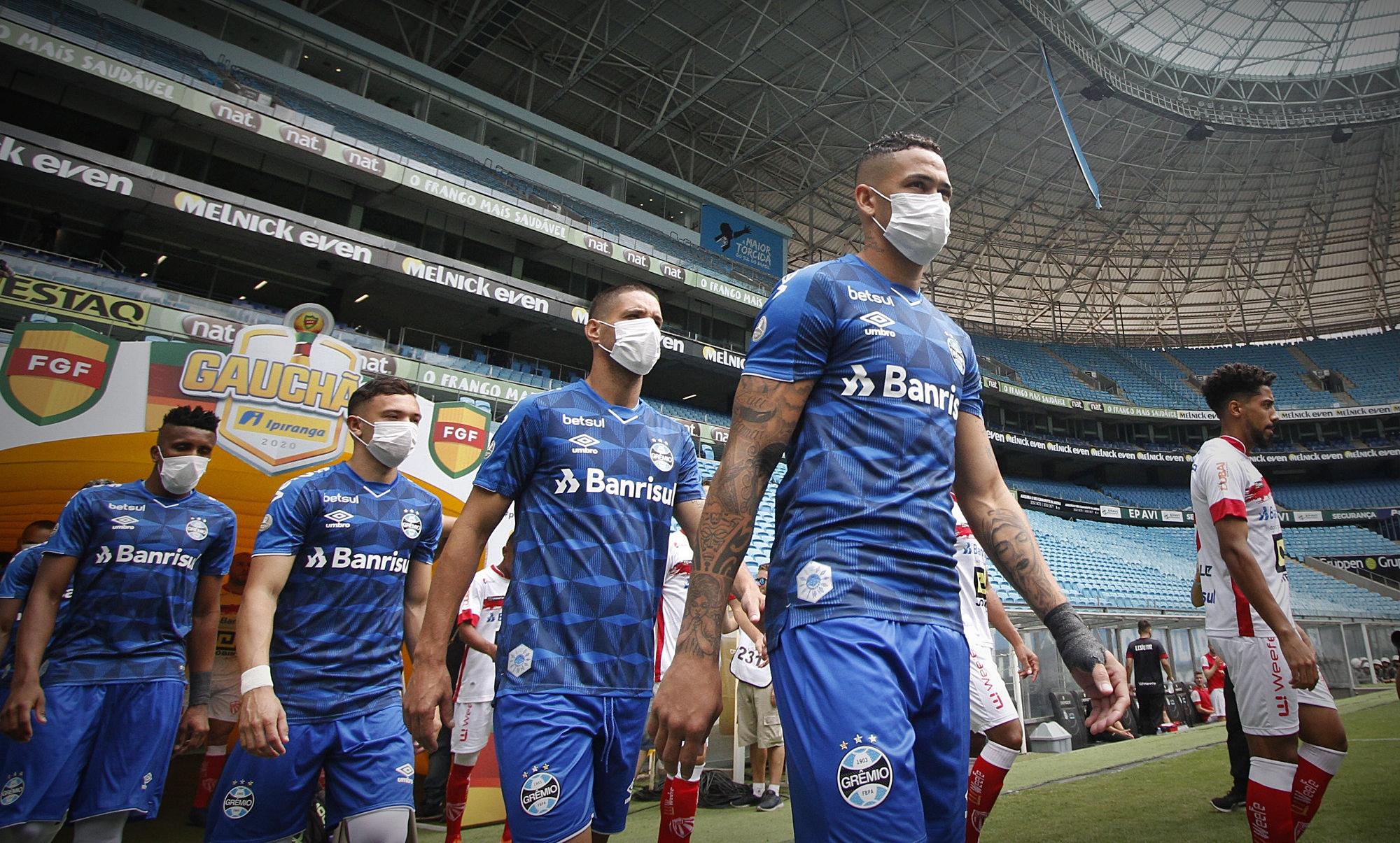 Futebol em tempos de cólera