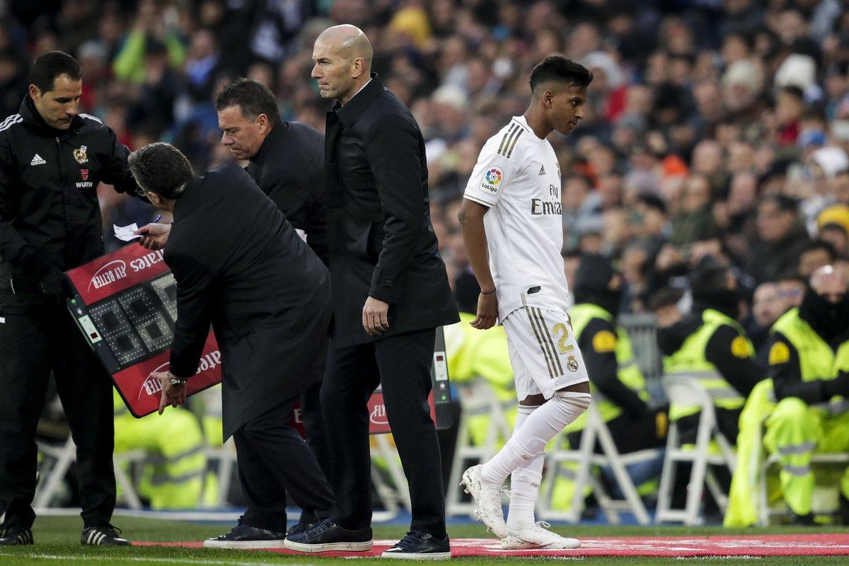 La Fábrica e a pouca utilização dos jovens com Zidane no Madrid