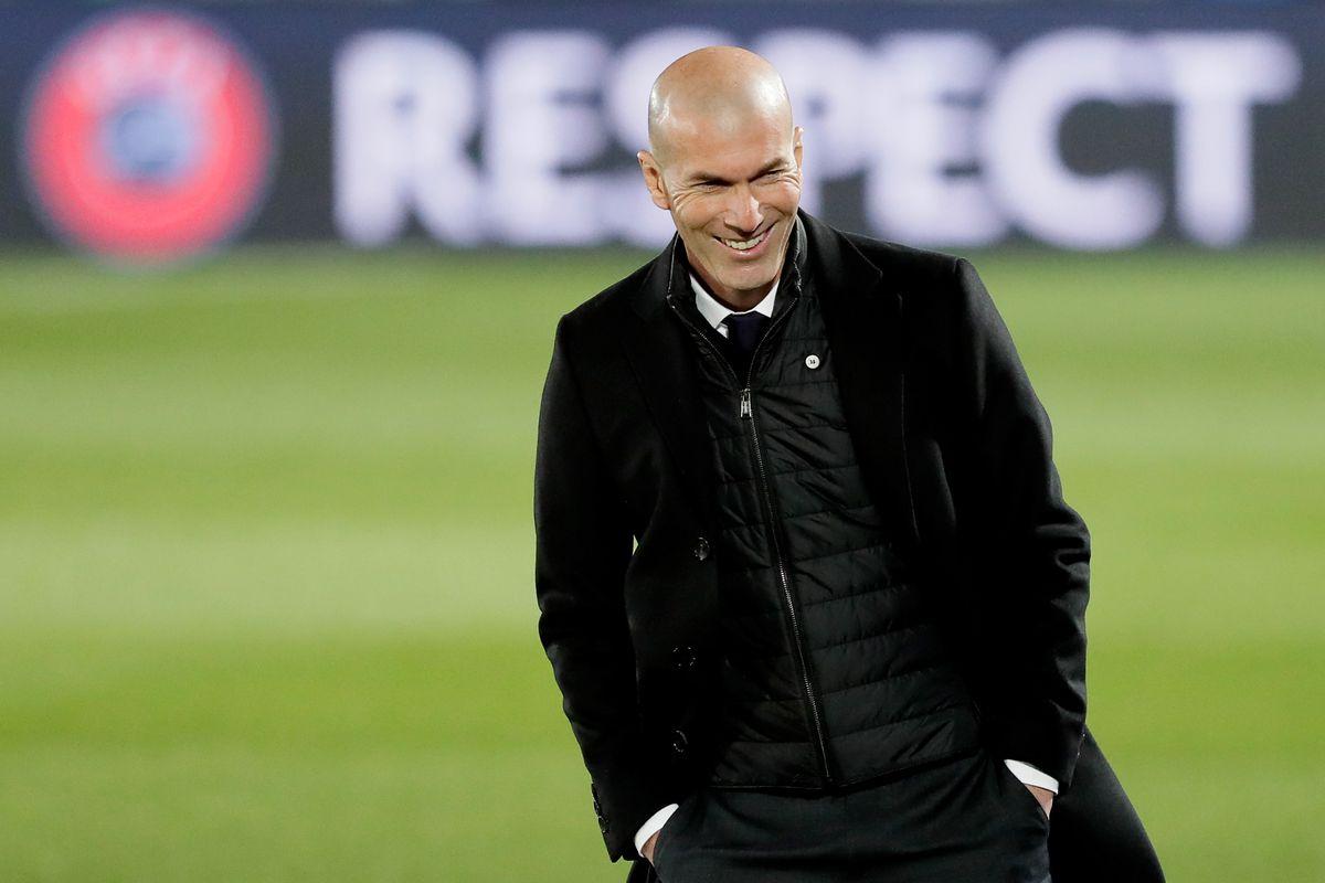 La Flor de Zidane na Champions; e as eliminações de Barça, Sevilla e Atleti