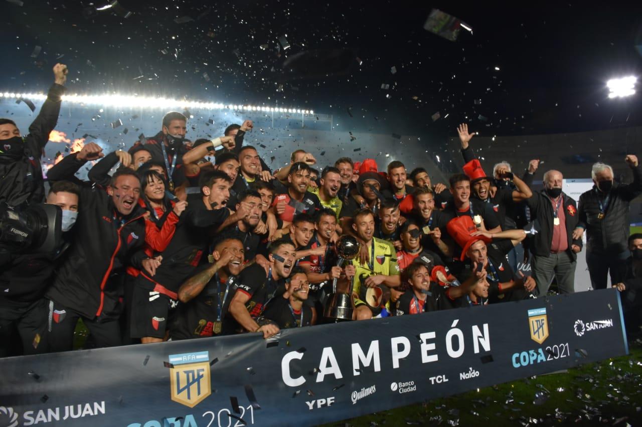 As principais chaves do título do Colón sobre o Racing na Copa da Liga Profissional