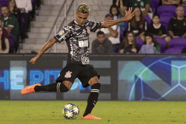 A importância discreta: o que Víctor Cantillo soma ao Corinthians?