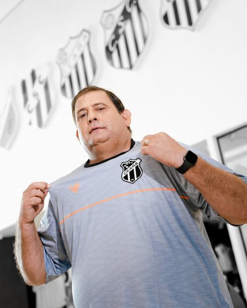 """Prestes a completar 100 jogos pelo Ceará, Guto Ferreira fala sobre o trabalho no Vozão, as críticas pela """"falta de repertório"""" e sua metodologia de treino"""