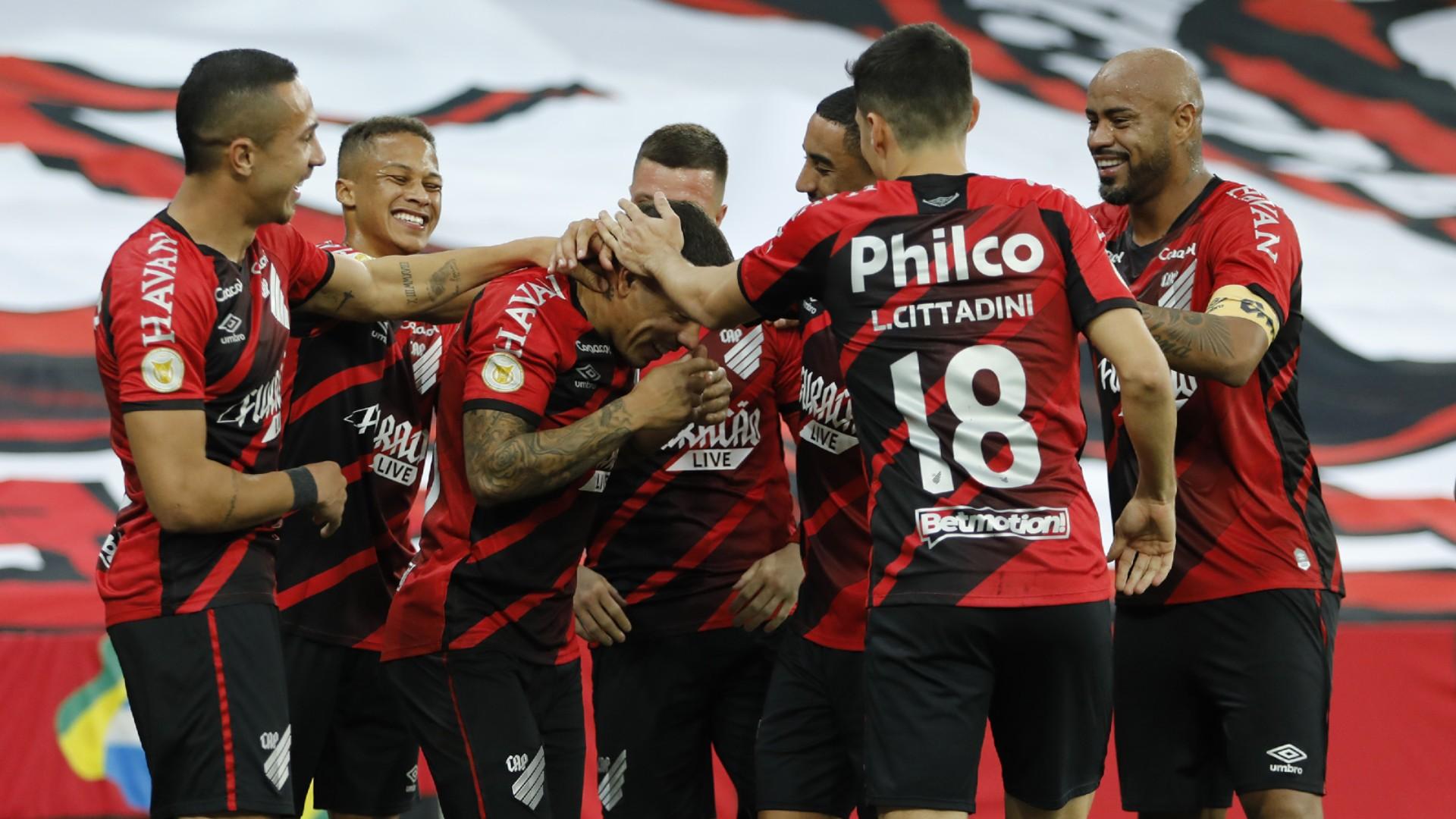 A oscilação do Athletico no Brasileirão